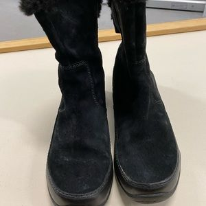 North face suede boots